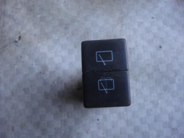 Кнопка стеклоочистителя Chevrolet Tracker NBJ J203 2002 задняя (б/у)