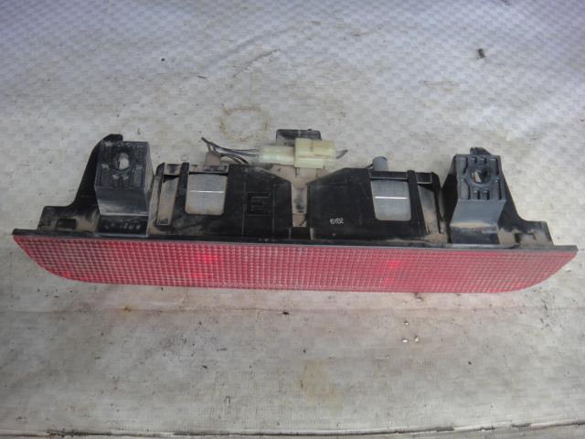 Стоп-сигнал дополнительный Chevrolet Tracker NBJ J203 2002 (б/у)