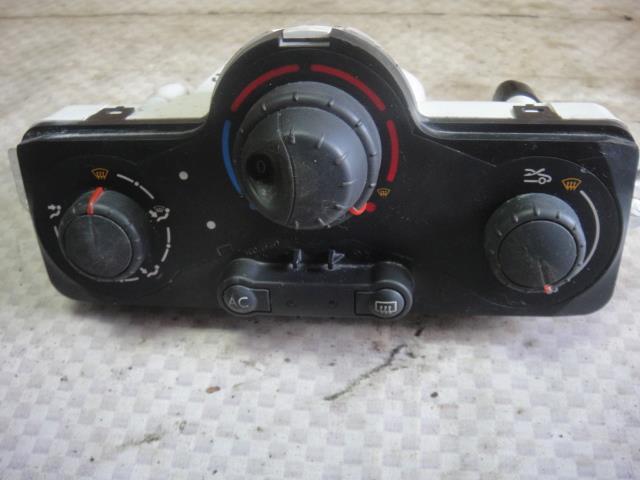 Блок управления отопителем Renault Modus JP0C D4F 740 2009 (б/у)