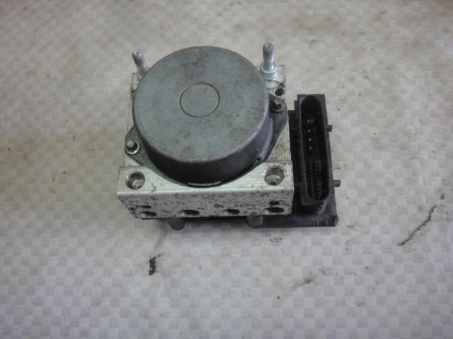 Блок abs (насос) Renault Modus JP0C D4F 740 2009 (б/у)