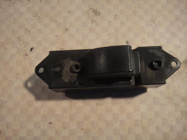 Кнопка стеклоподъемника Mitsubishi Lancer CY4A 4B11 2008 задняя левая (б/у)