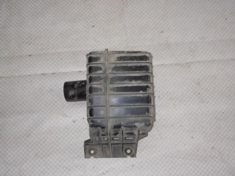 Резонатор воздушного фильтра Mazda Mazda6 GG L8 2002 (б/у)