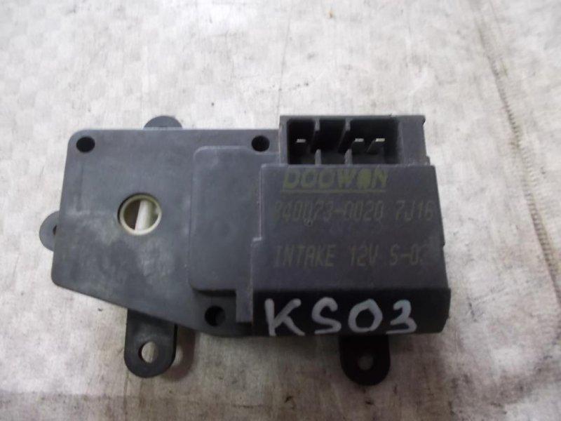 Мотор заслонки отопителя Kia Sephia FA T8 1998 (б/у)