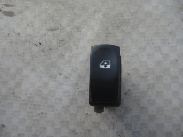 Кнопка стеклоподъемника Renault Modus JP0C D4F 740 2009 (б/у)