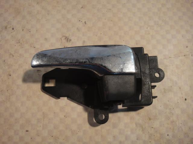 Ручка двери внутренняя Mitsubishi Lancer CY4A 4B11 2008 левая (б/у)