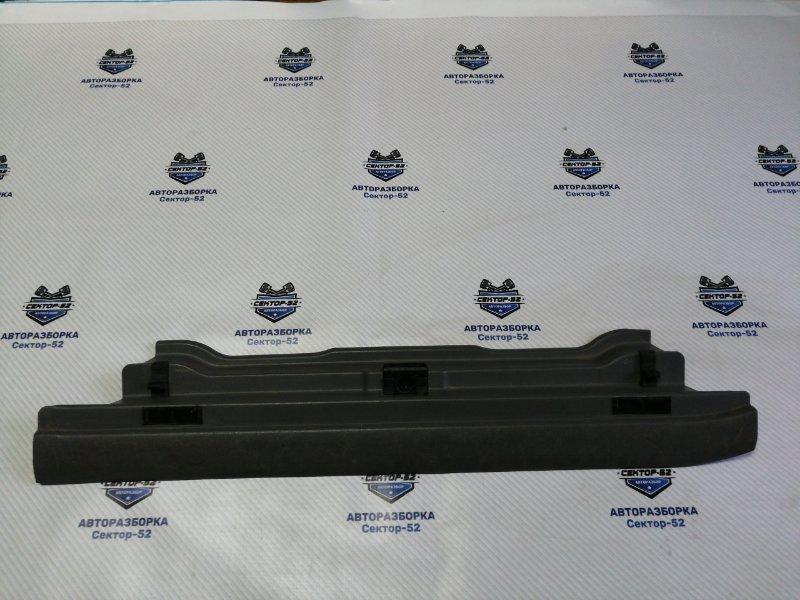 Накладка на панель багажника Honda Cr-V RD3 B20Z1 2001 задняя (б/у)