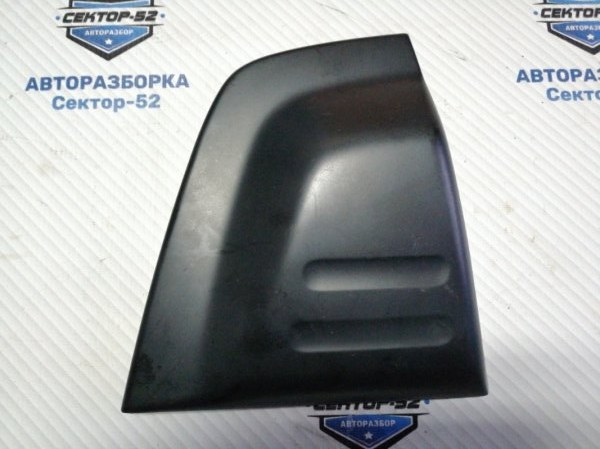 Накладка крышки багажника Suzuki Grand Vitara TD62 H25A 2001 (б/у)