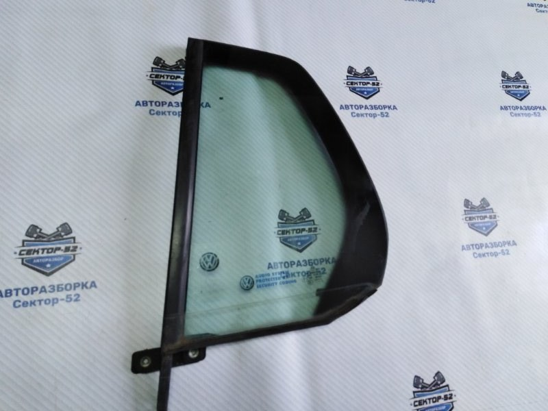 Стекло двери Volkswagen Golf 5K1 CAVD 2010 заднее левое (б/у)
