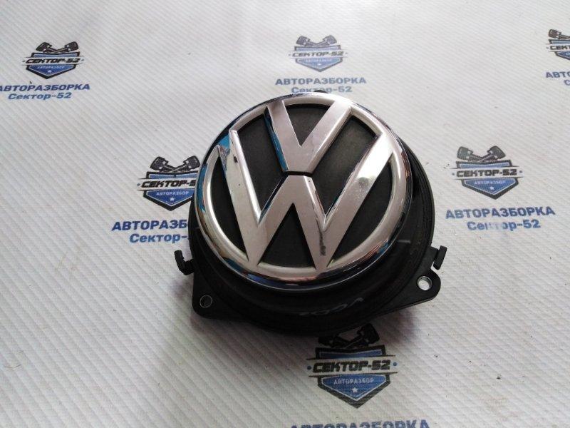 Ручка открытия багажника Volkswagen Golf 5K1 CAVD 2010 (б/у)