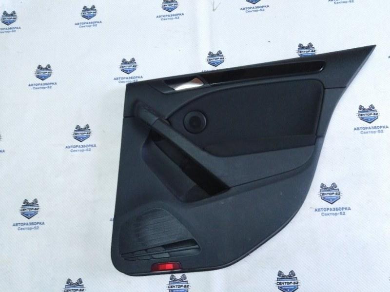 Обшивка двери Volkswagen Golf 5K1 CAVD 2010 задняя правая (б/у)