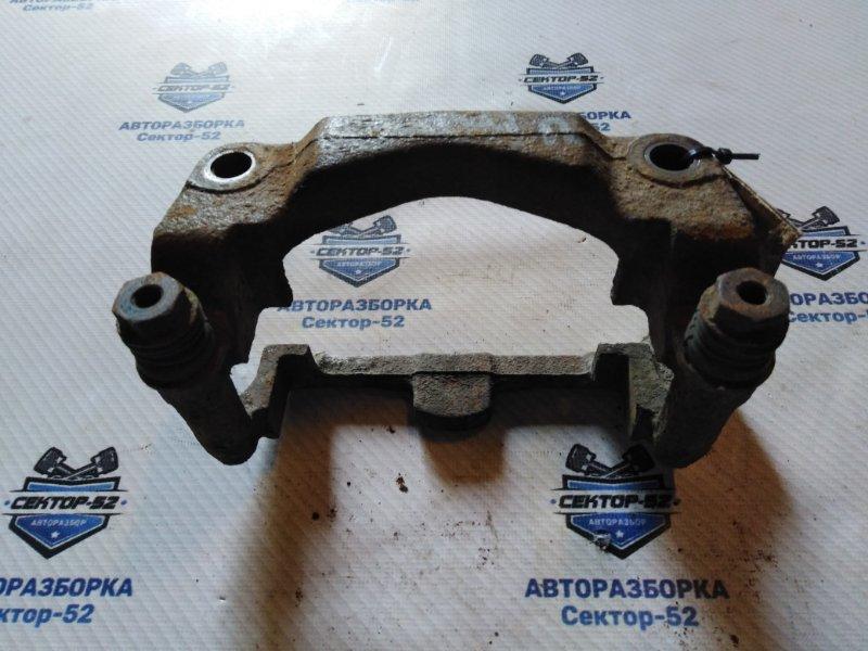 Скоба тормозного суппорта Renault Megane LA K4M701 2002 передняя правая (б/у)