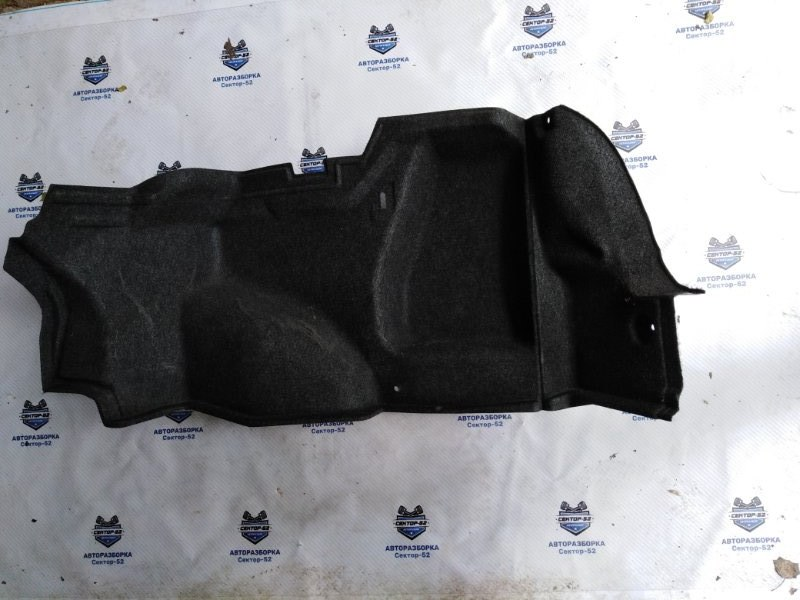 Обшивка багажника боковая Nissan Almera N16 QG15DE 2004 правая (б/у)