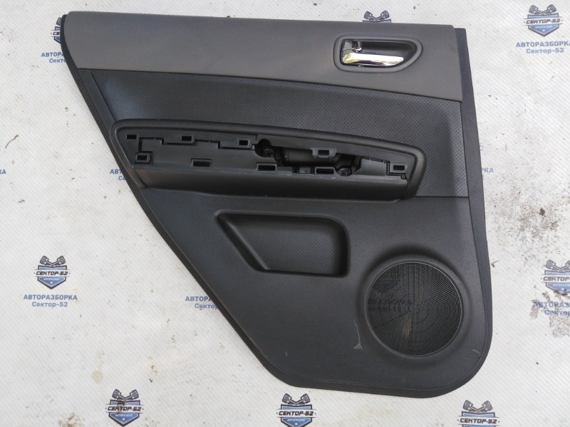 Обшивка двери Nissan X-Trail NT31 MR20DE 2008 задняя левая (б/у)