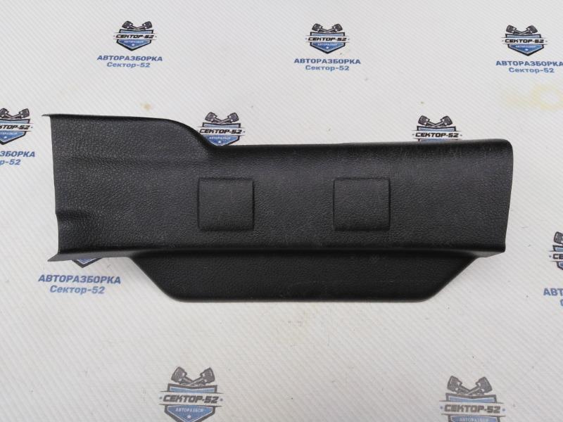 Накладка порога (внутренняя) Nissan X-Trail NT31 MR20DE 2008 задняя правая (б/у)