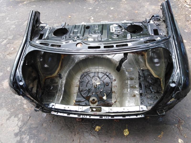 Задняя часть кузова Nissan Almera N16 QG15DE 2004 (б/у)