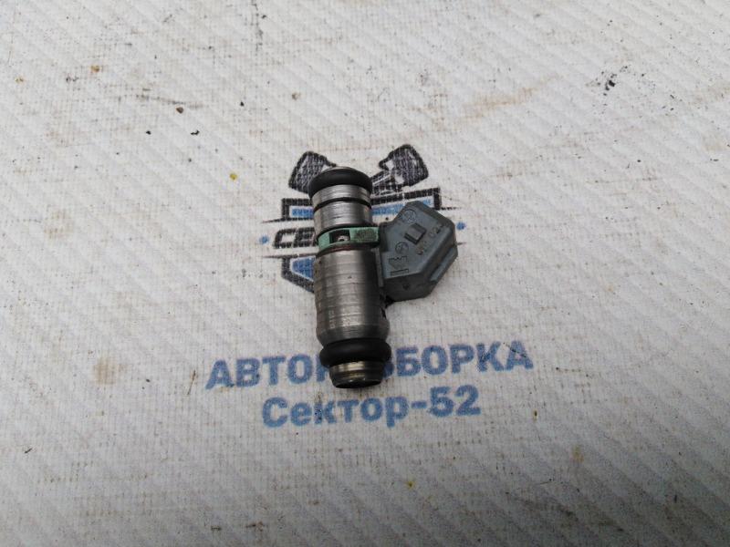 Форсунка топливная Skoda Octavia A4 AEE 2004 (б/у)