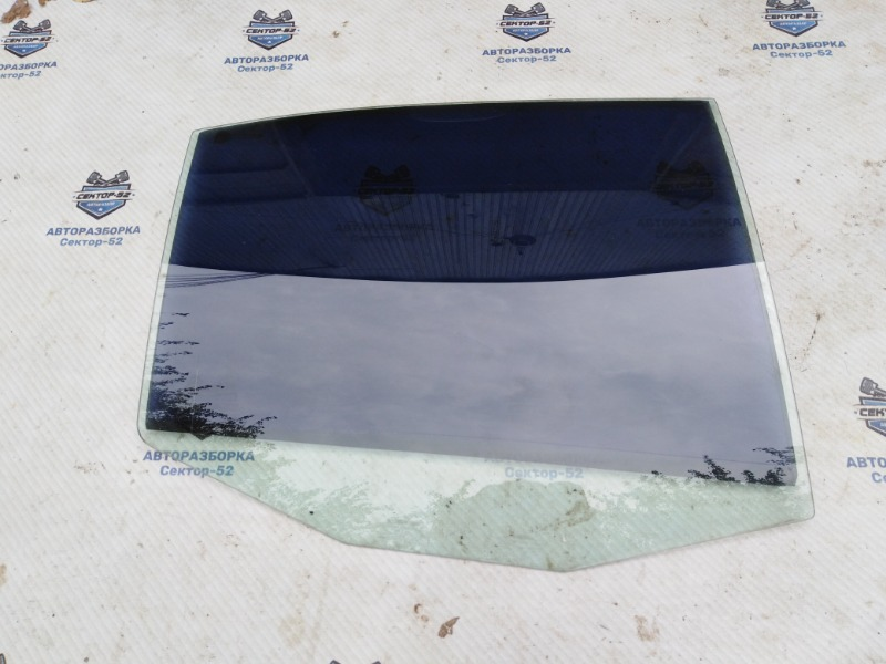 Стекло двери Skoda Octavia A4 AEE 2004 заднее правое (б/у)