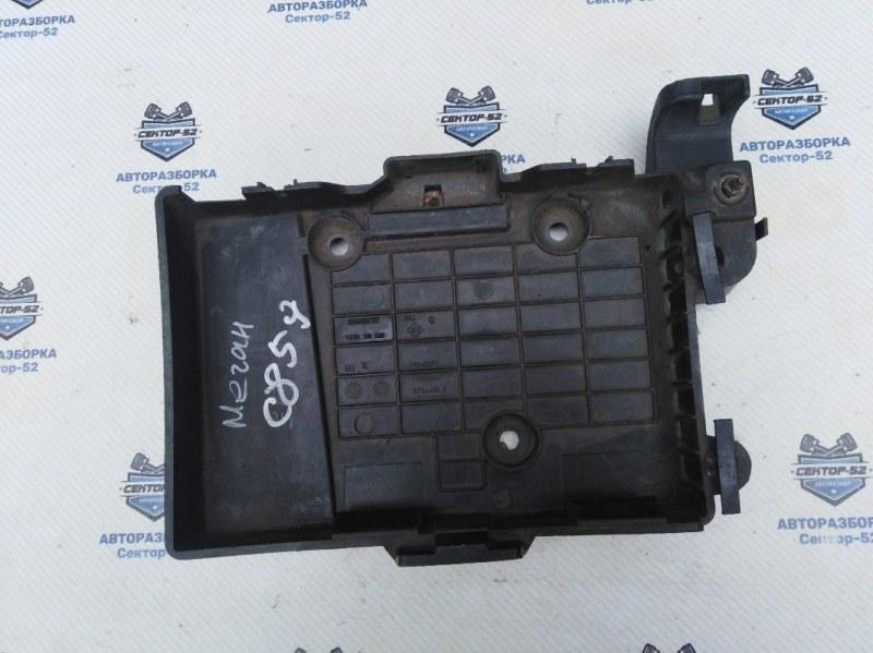Крепление акб (корпус/подставка) Renault Megane LM2Y K4M760 2004 (б/у)