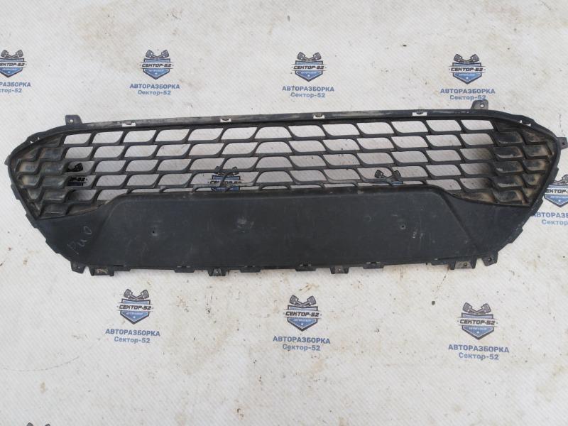 Решетка в бампер Hyundai I30 FD 2011 передняя (б/у)