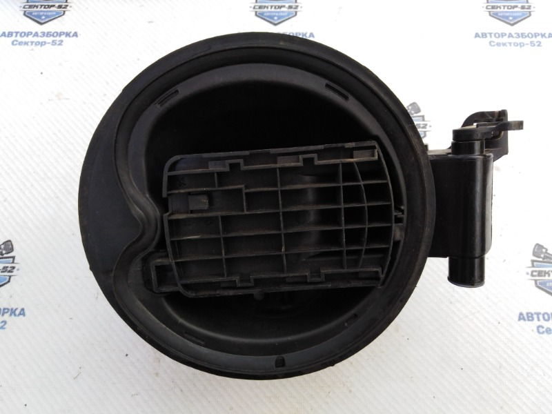 Лючок бензобака Ford Focus CB8 XQDA 2013 (б/у)