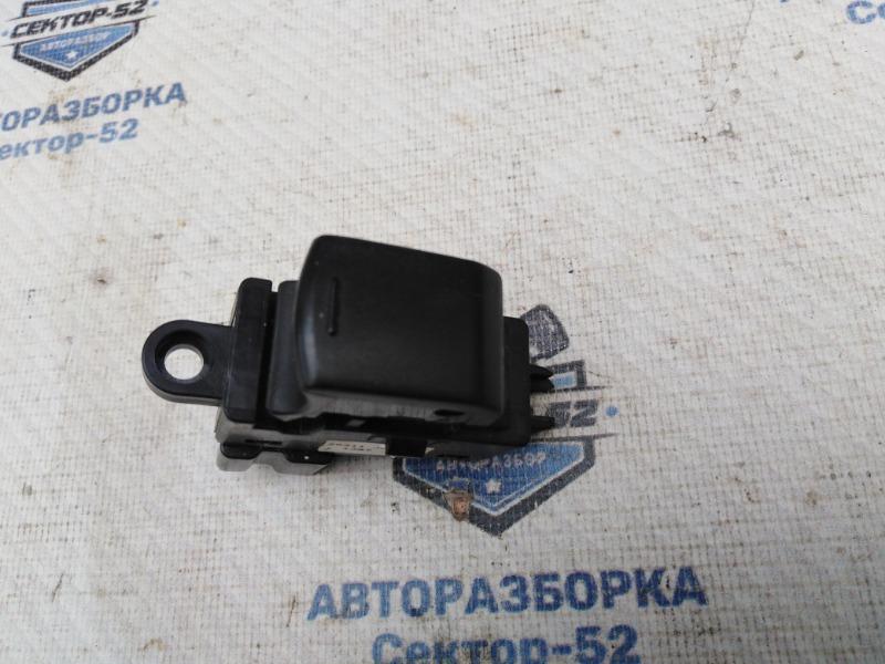 Кнопка стеклоподъемника Nissan Qashqai J10 MR20DE 2007 (б/у)