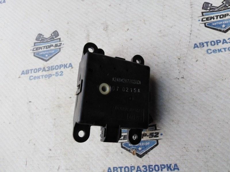 Мотор заслонки отопителя Nissan Qashqai J10 MR20DE 2007 (б/у)