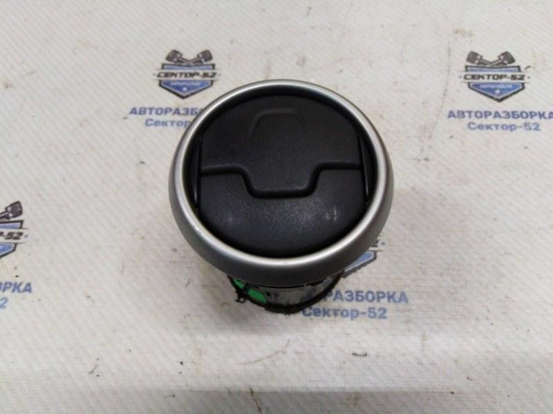 Дефлектор воздушный Nissan Qashqai J10 MR20DE 2007 (б/у)