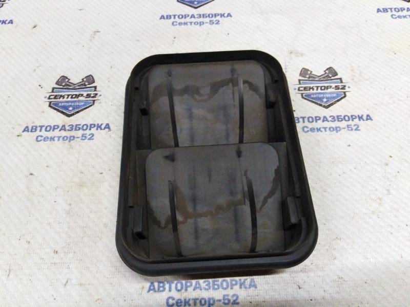 Решетка вентиляционная Nissan Qashqai J10 MR20DE 2007 (б/у)