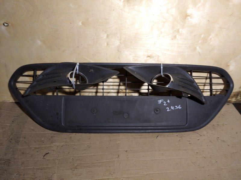 Решетка радиатора нижняя Ford Focus 2 2008-2011 (б/у)