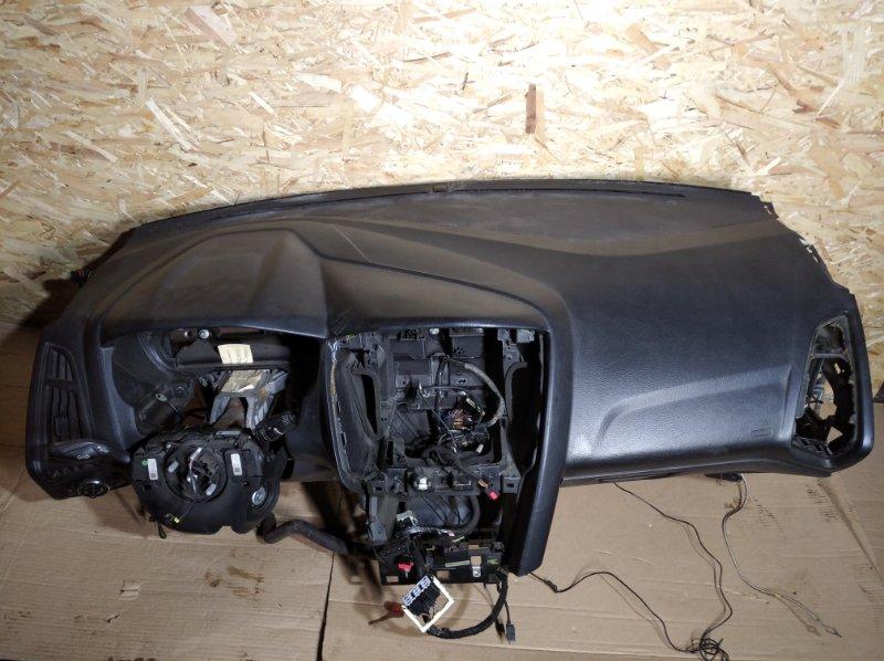 Торпедо Ford Focus 3 (2011>) УНИВЕРСАЛ (б/у)