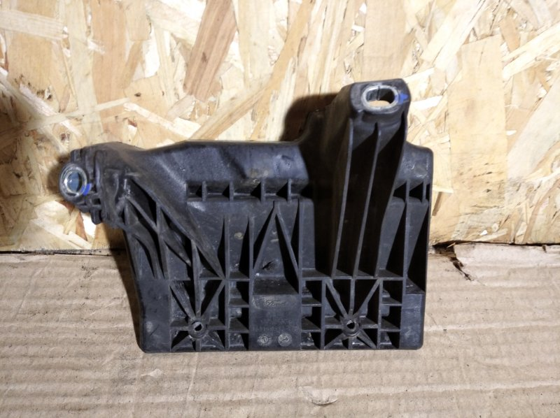 Крепление аккумулятора Ford Galaxy 2000-2006 (б/у)