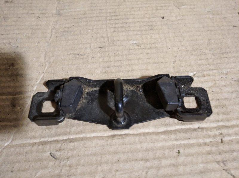 Ответная часть замка багажника Ford C-Max 2003-2007 (б/у)