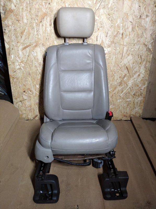 Кресло (сиденье ) Ford Explorer (2011-) 3500 2010 переднее правое (б/у)