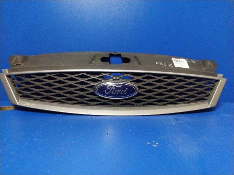 Решетка радиатора Ford Mondeo 3 (2000-2007) 2000 передняя (б/у)