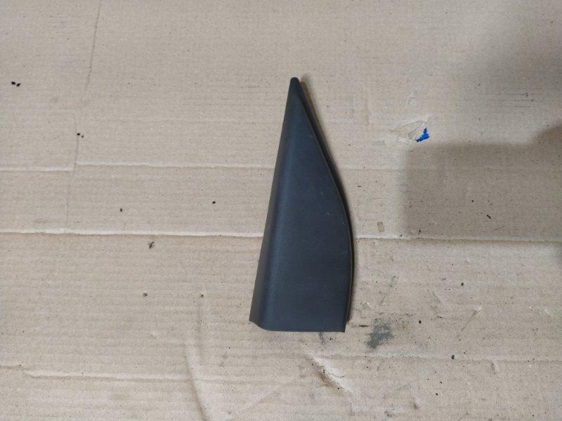Накладка двери задней правой Ford Escape (2001-2006) (б/у)