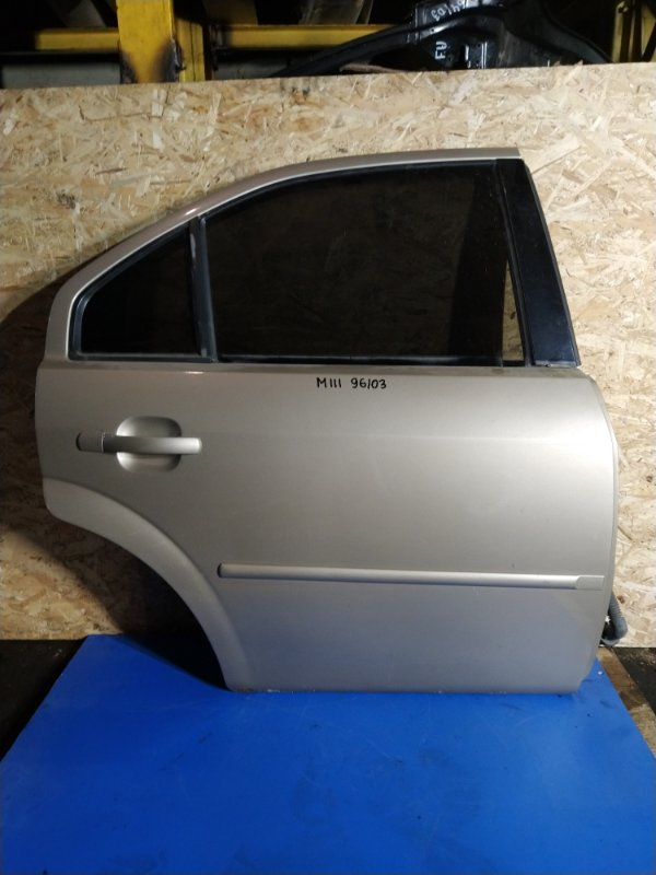 Дверь задняя правая Ford Mondeo 3 (2000-2007) (б/у)