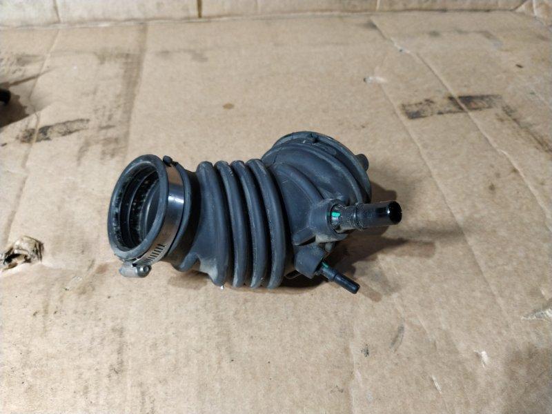 Патрубок воздушного фильтра Ford Focus 3 (2011>) (б/у)