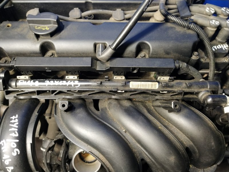 Топливная рампа Ford Focus 2 2004-2008 (б/у)