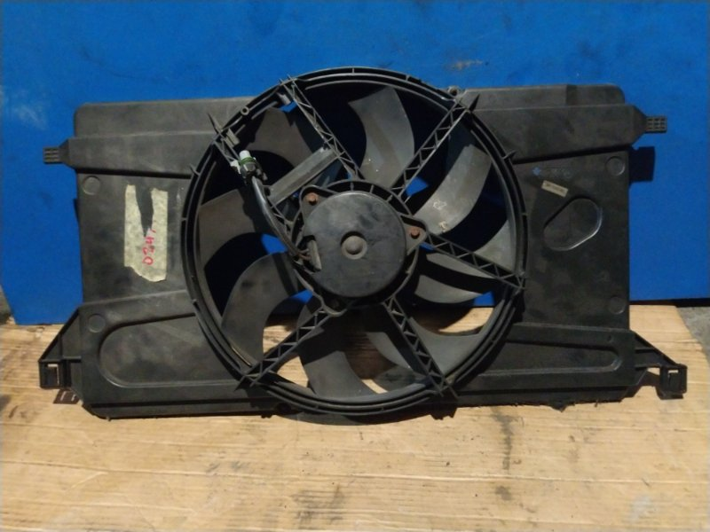 Вентилятор радиатора Ford Focus 2 2008-2011 (б/у)