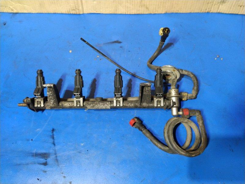 Топливная рампа Ford Focus 1 (1998-2005) СЕДАН 1.6L ZETEC-E EFI (100 Л.С.) 2001 (б/у)