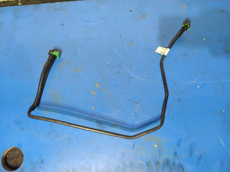 Трубка топливная Ford Explorer (2011-) (б/у)