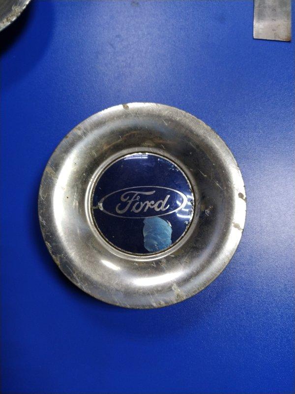 Колпак декоративный литого диска Ford Focus 2 2008-2011 (б/у)
