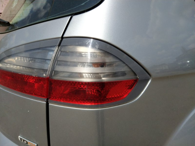 Фонарь задний наружный правый Ford S-Max 2006- 1.8L DURATORQ-TDCI (125PS) 02.2008 (б/у)