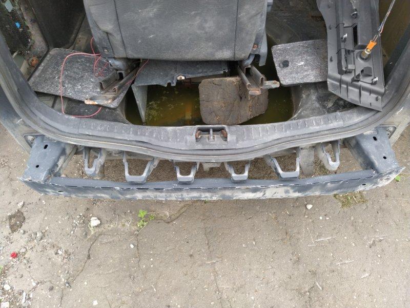 Кронштейн заднего бампера Ford Focus 3 (2011>) УНИВЕРСАЛ (б/у)