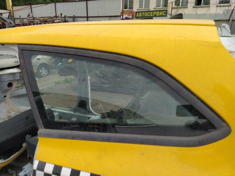 Стекло кузовное глухое левое Ford Focus 3 (2011>) УНИВЕРСАЛ заднее (б/у)