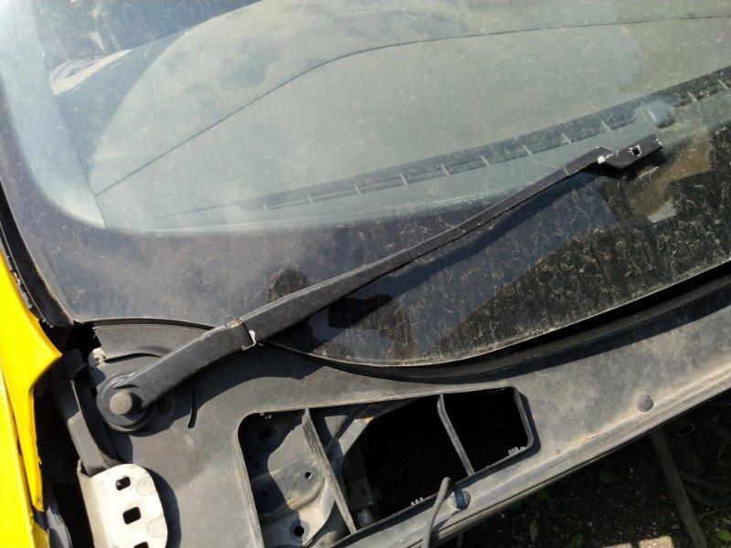Поводок стеклоочистителя Ford Focus 3 (2011>) УНИВЕРСАЛ передний правый (б/у)