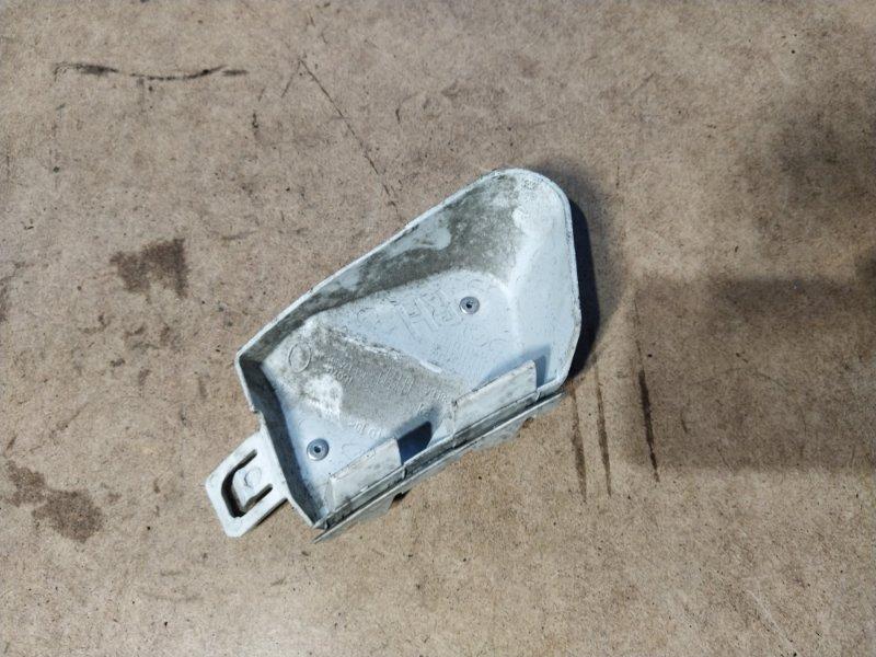 Кронштейн заднего бампера правый Ford Focus 3 (2011>) (б/у)