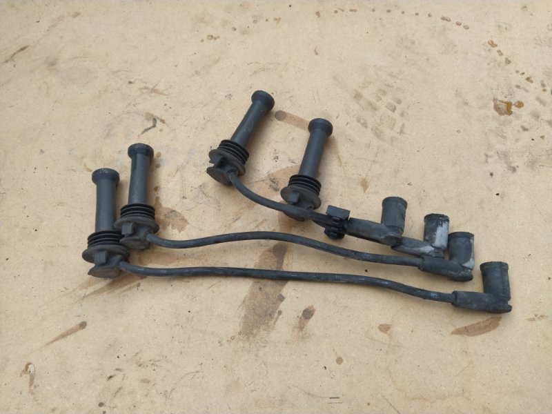 Провода высокого напряжения( к-т) Ford Focus 3 (2011>) ХЭТЧБЕК 1.6 БЕНЗИН 2011 (б/у)