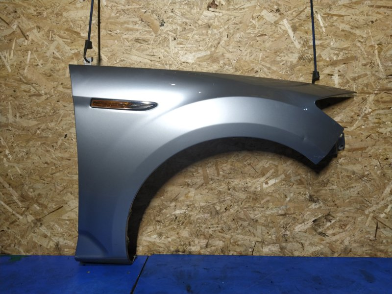 Крыло переднее правое Ford Mondeo 4 (2007-2014) ХЭТЧБЕК 2.0L DURATORQ-TDCI (143PS) - DW 2008 (б/у)