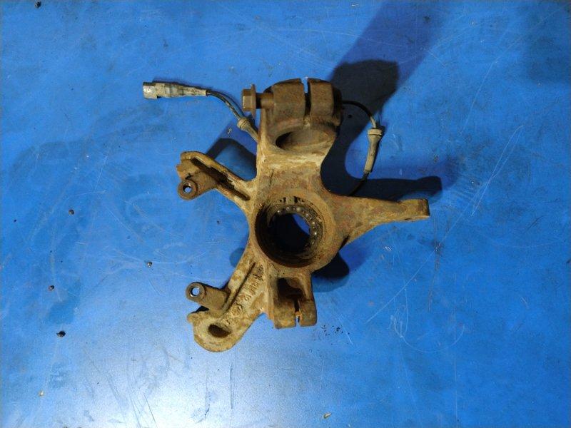 Кулак поворотный передний правый Ford Focus 1 (1998-2005) СЕДАН 1.6L ZETEC-E EFI (100 Л.С.) 2001 (б/у)